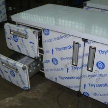 Refrigerated and freezing tables #1299915106